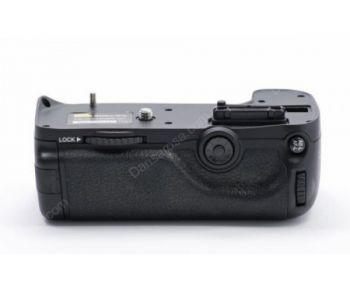 Pixel Vertical D11 Battery Grip Hold For Nikon D7000