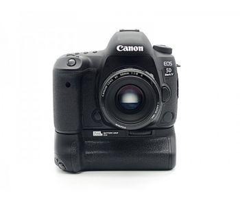 Pixel Vertax D15 Battery Grip Holder for Nikon D7100 D7200
