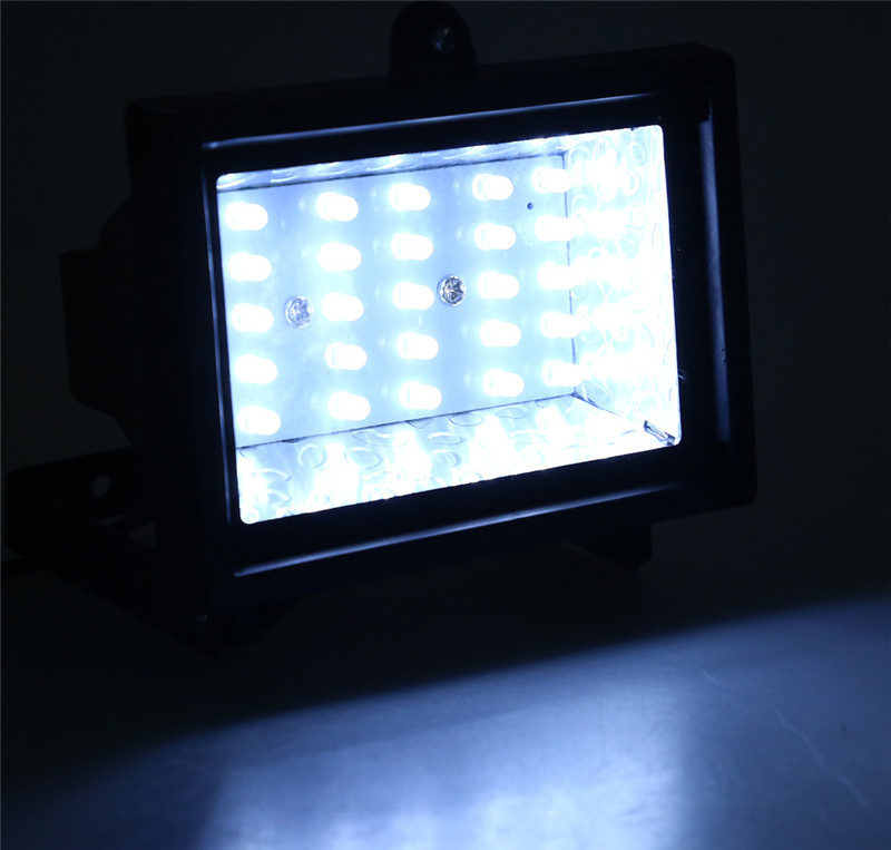 30 LEDs solar powered spotlight garden lawn landscape flood lamp