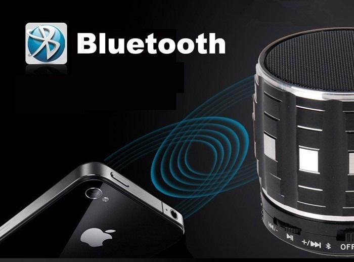 S32 handsfree mini speaker with mic