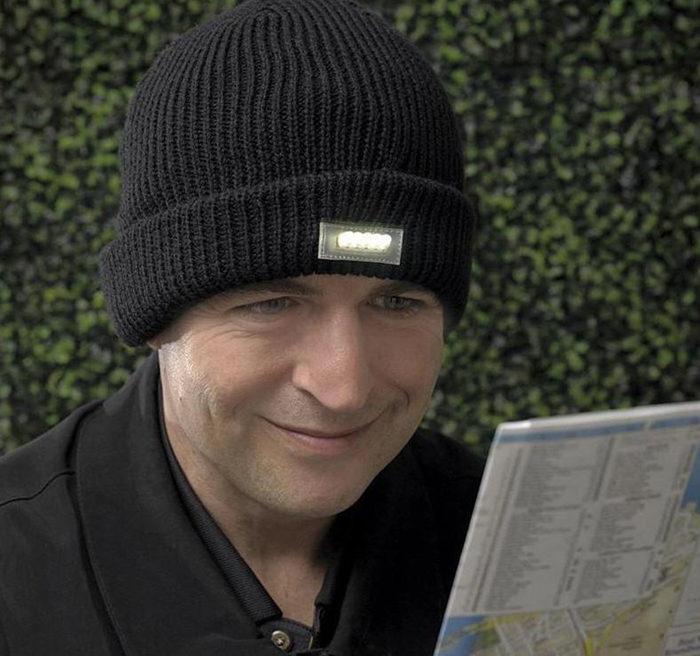 LED Lighting Knitted Night Winter Hats Light Up Beanie