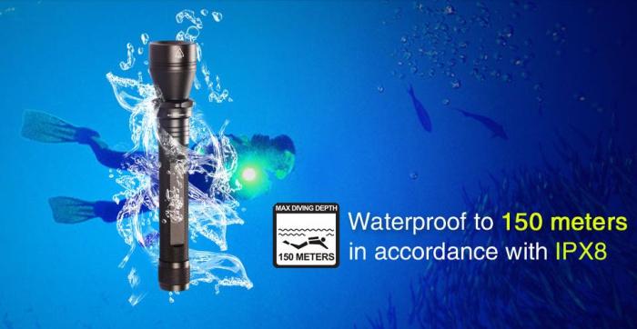 w152B Waterproof flashlight