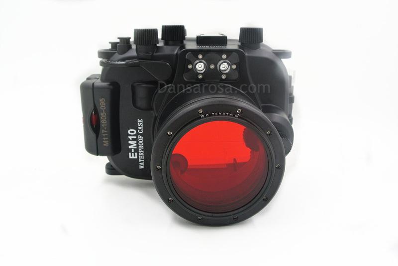 red filter for OMD EM-10 housing